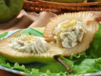 Быстрый десерт Воздушный с творогом и фруктами