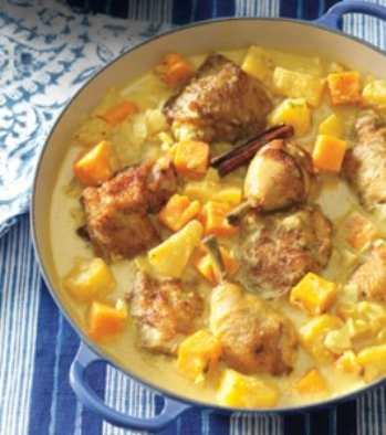 Курица с ананасами в сметанном соусе