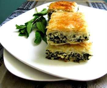 Пирог со шпинатом и фетой