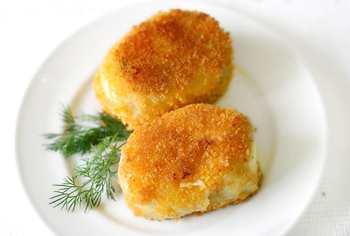 Картофельные зразы с огуречной начинкой