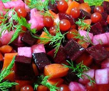 Овощной салат с калиной