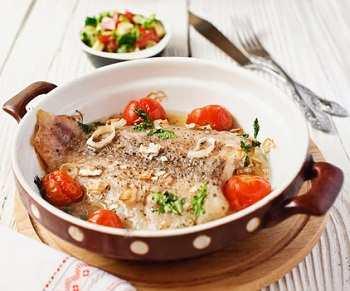 Белая рыба с овощной сальсой