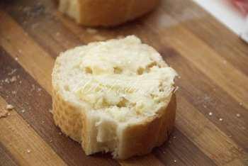 Итальянские бутерброды-брускетты с клубникой (2 рецепта): рецепт с пошаговым фото