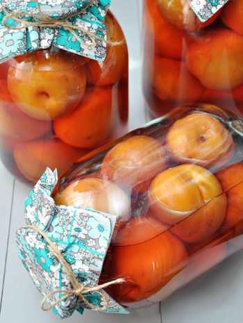 Компоты из персиков и нектаринов на зиму: 4 рецепта