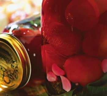 Консервированные помидоры со свеклой
