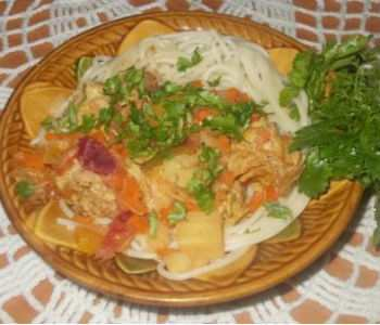«Домашняя вкусняшка» – спагетти с соусом