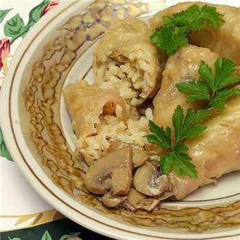 Вегетарианские голубцы с грибами