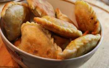 Пирожки с кокосом - каранджи